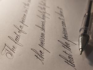 آخوشنویسی لاتین با خودکار مشهد